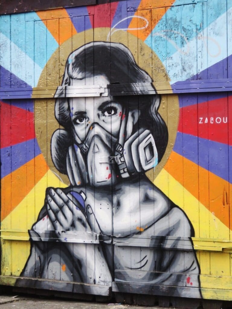 zabou gas mask art