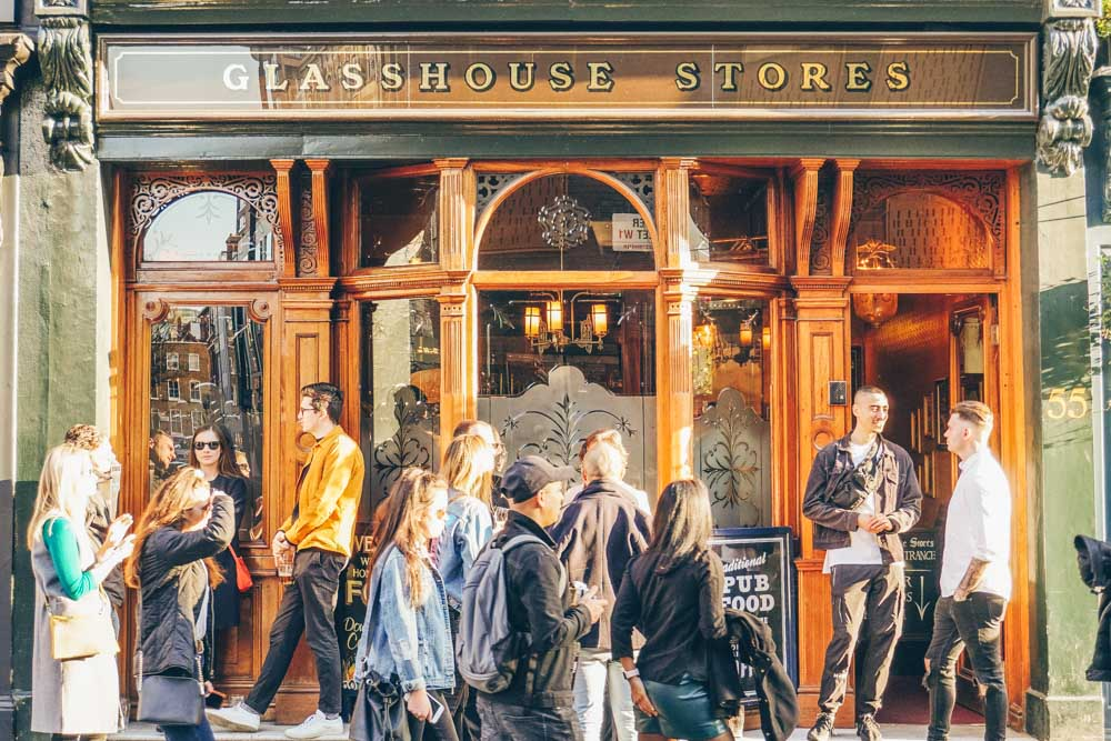 The Soho Pub Guide: The Best Pubs in Soho for a Refreshing Drink