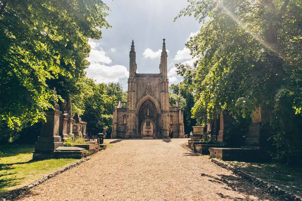 Why You Should Visit Nunhead Cemetery