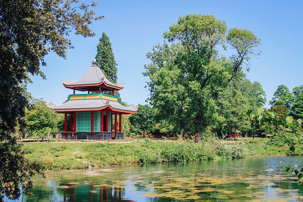 Time to Explore: Victoria Park