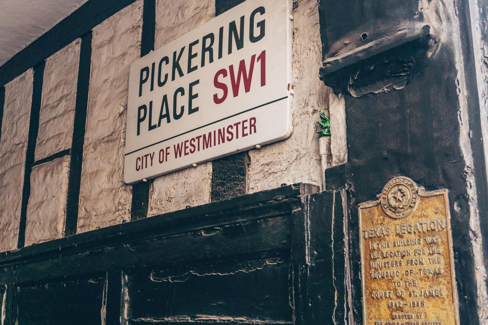 Pickering Place Sign