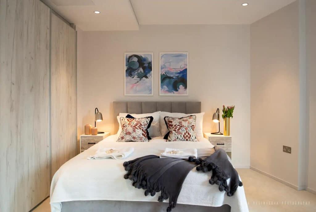 1 Bedroom Overlooking Regents Canal