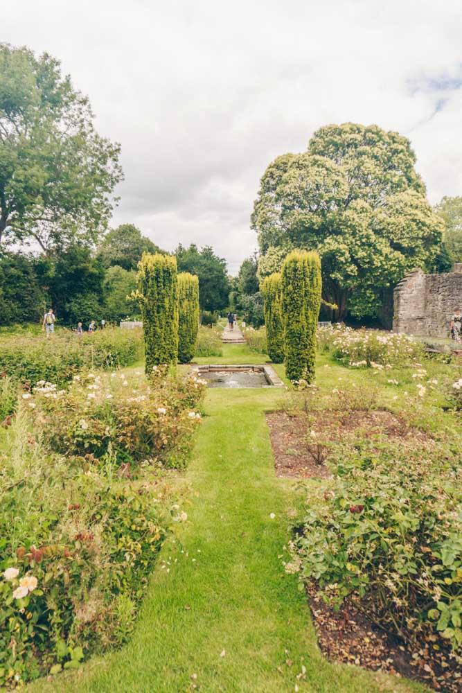 Gardens Eltham Palace