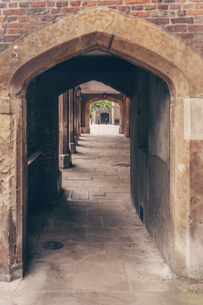 Walking through the archways at the side of the palace