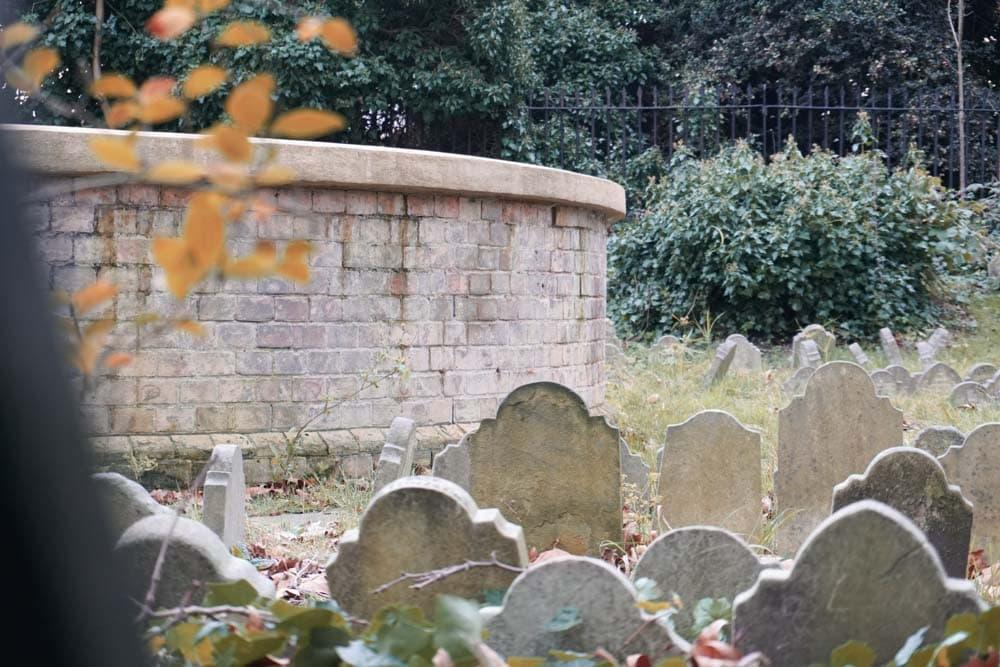 Hyde Park Pet Cemetery – Discovering London's Hidden Burial Ground