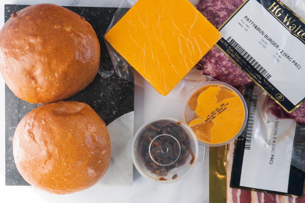Patty and Bun Burger Kit Plateaway