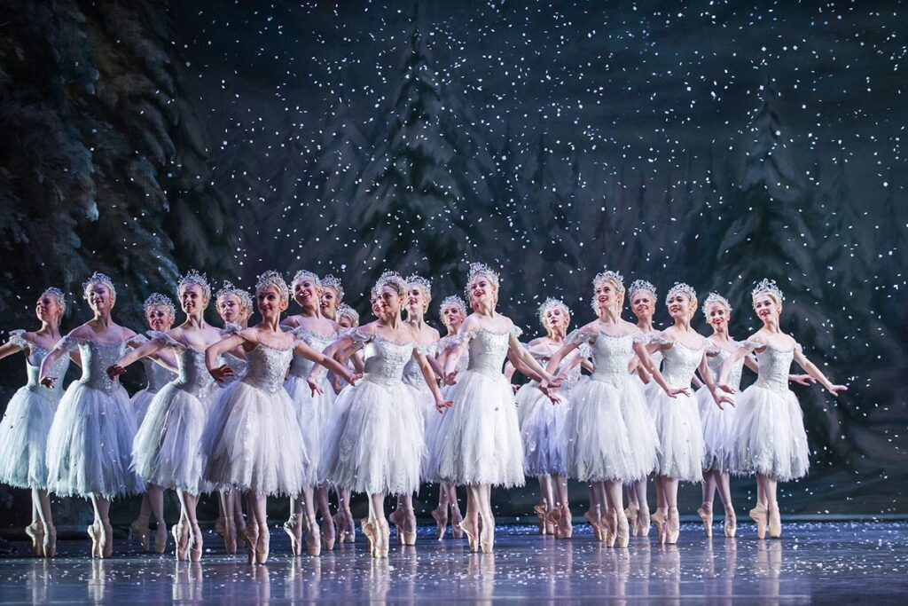 Artists of The Royal Ballet in The Nutcracker, The Royal Ballet © 2015 ROH. Photograph by Tristram Kenton 2