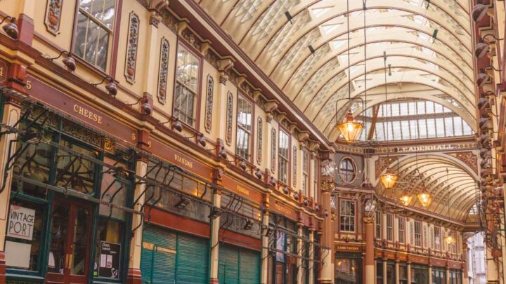 Leadenhall Market: 700 Years of History and A Touch of Harry Potter Magic