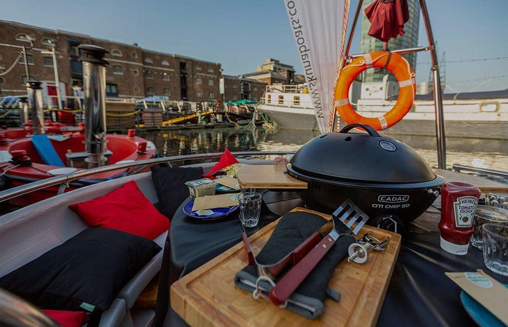 BBQ Boat Skuna